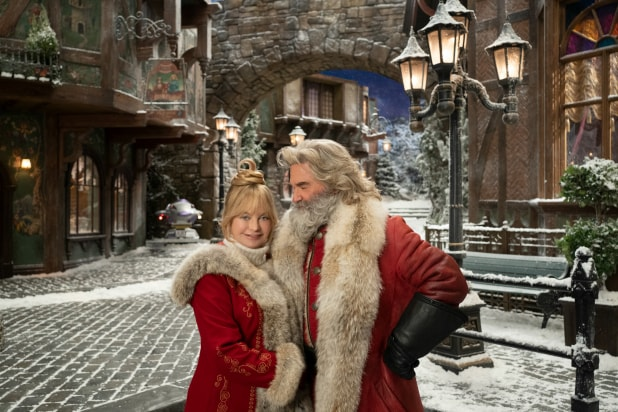 'The Christmas Chronicles 2' Film Review: Kurt Russell and Goldie Hawn Team Up to Save the Holidays