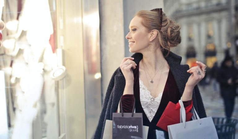 5 Easy Ways To Make Your Customers Happy