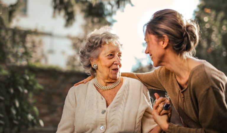 What You Should Look for When Picking Out Senior Care